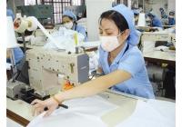 Sử dụng bao bi nilon đóng gói Sản phẩm may mặc